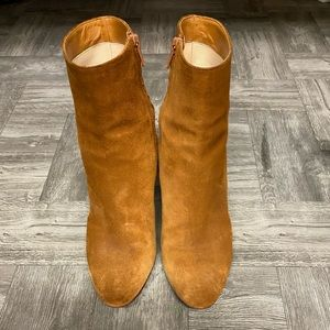 Christian louboutin tan suede ankle boots 38